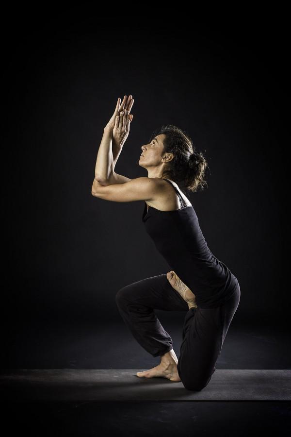 Shades of yoga 2 for Beistelltisch yoga ii